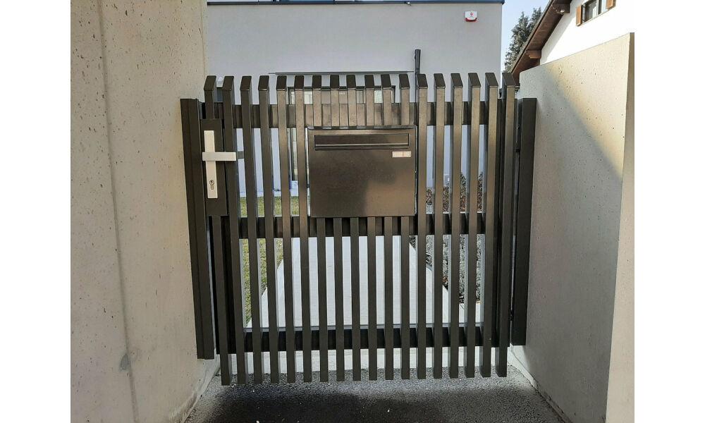 Palermo függőleges minimalista alumínium kapu